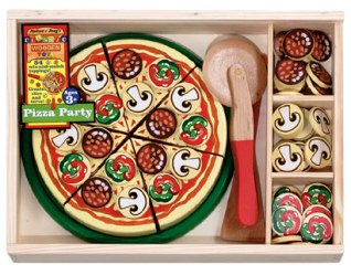 pizza set made out of wood